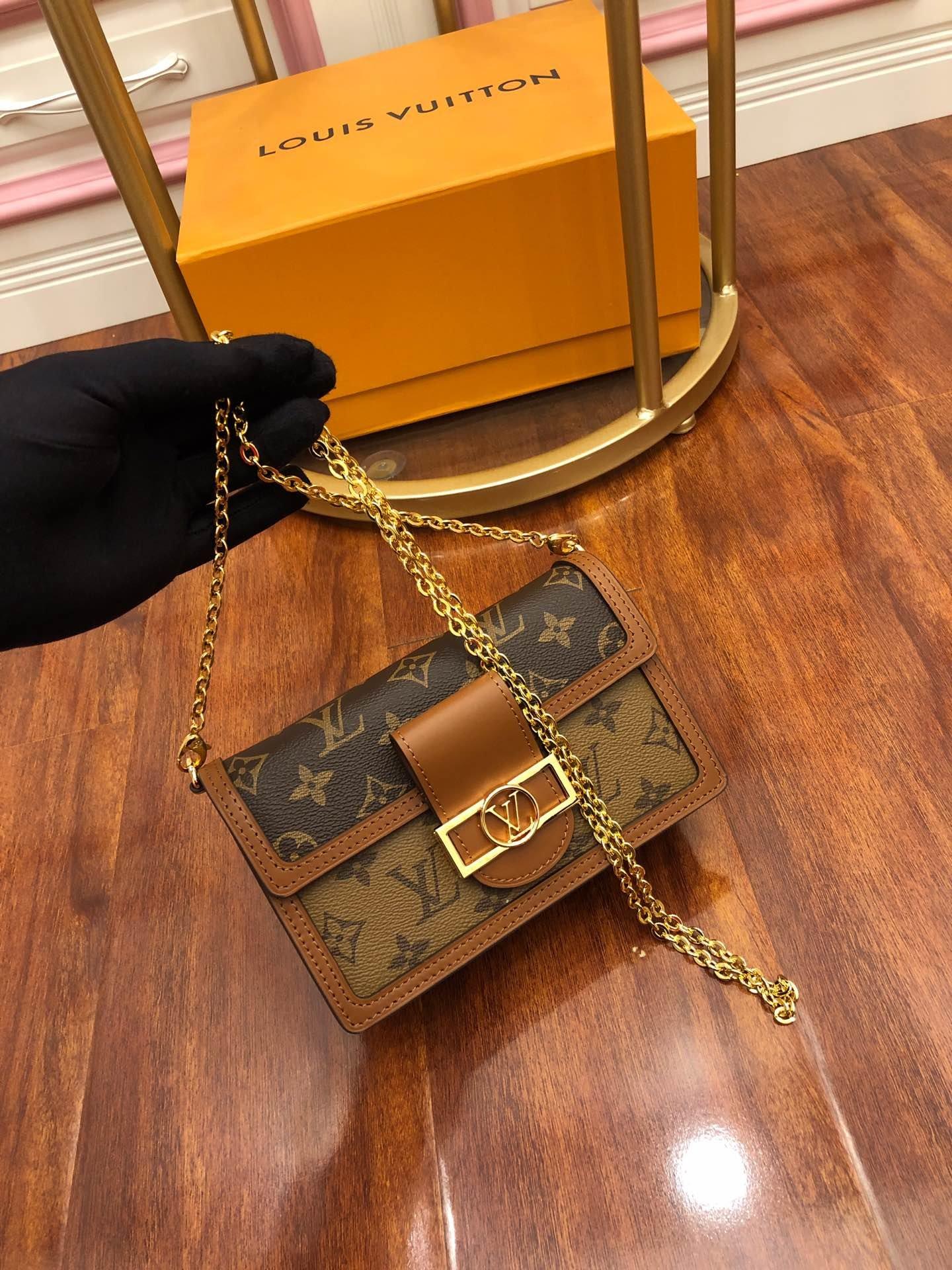 LV达芙妮复古新款邮差包代购专柜品质路易威登包包