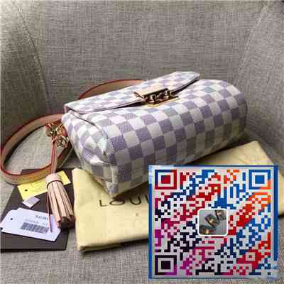 一比一包包奢侈品微信货源一件代发